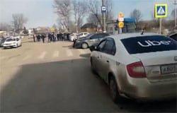 В Вязьме прошла забастовка водителей Яндекс такси