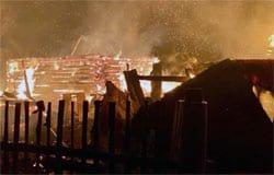 В Семлево сгорело две бани и два сарая