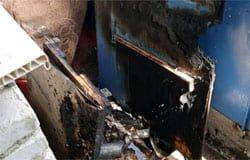 На улице 25 Октября горел балкон